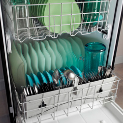 Buying a Dishwasher: Is it Better to Shop Online or at the Store?